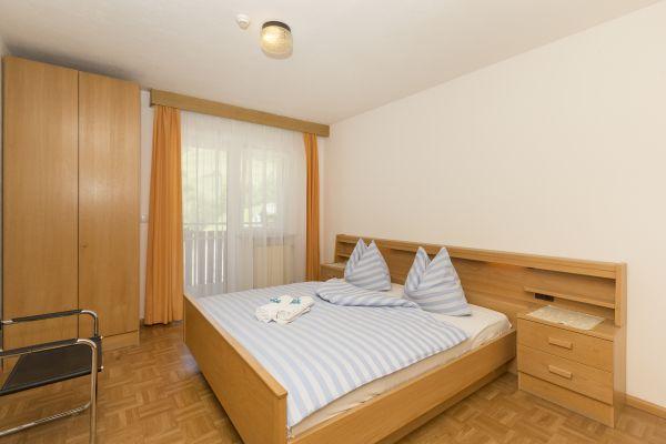 ferienwohnungen sonneck in lappach im m hlwaldertal m hlwald in s dtirol. Black Bedroom Furniture Sets. Home Design Ideas